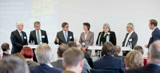 "Podiumsdiskussion zu ""Vorteil Recycling"" (Foto: Verband der Wellpappen-Industrie e.V.)"